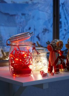 STRÅLA lights in a KORKEN jar