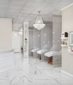 215 best savvy enticing salon and spa setups images in 2019 nail rh pinterest com