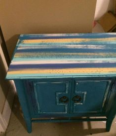 the easiest way to create unique chalk painted furniture chalk paint how to painted furniture - April 28 2019 at Upcycled Furniture, Unique Furniture, Shabby Chic Furniture, Cheap Furniture, Furniture Ideas, Furniture Buyers, Furniture Dolly, Furniture Removal, Furniture Logo