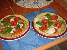 Caprese Tarts with a Pesto Grilled Chicken, simple and delicious.  Recipe for this dish will be on my web site, lindalouhamel.com