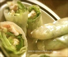 Vietnamese Fresh Spring Rolls with Chicken and Shrimp with Dipping Sauce