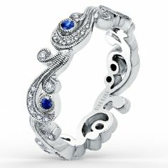 We #love the little pop of blue in this beautiful #weddingband #sancarlos #geoffreysdiamonds