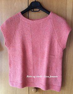 Sommerlet – Ellen Larsen Design Sweater Knitting Patterns, Knitting Designs, Knit Patterns, Hand Knitting, Long Sweaters, Sweaters For Women, Summer Knitting, Raglan, Ravelry