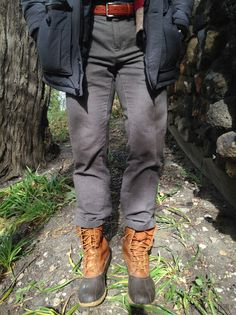 style points A Guide to Duck Boots (featuring the Bean Boot) - Iron and Tweed Welches Kleid sollte m Duck Boots Mens, Ll Bean Duck Boots, Bean Boots Outfit, Men's Boots, Tweed, Waterproof Boots, Mens Fashion, Southern Marsh, Southern Tide