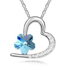 Chic Rhinestone Flower Decorated Heart Pendant Necklace For Women