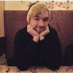 Boss-Ass Love (Jacksepticeye x Reader) A moving object in the video Umupunoxixy Jyjyt Poturoz Markiplier, Pewdiepie, Youtube Jacksepticeye, Cute Kittens, Yandere, Sean William Mcloughlin, Top Of The Morning, Youtube Gamer, Jack And Mark
