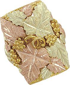 Men's Black Hills Gold Ring