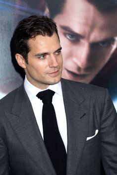 cavill | Henry Cavill at the 'Man of Steel' World Premiere, part 3 Henry-Cavill ...