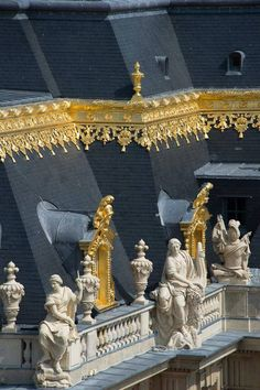 The Roof of Versailles