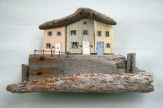lovely little houses, I've got lots of driftwood.  Must find time to make this.
