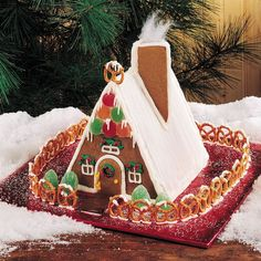 Gingerbread House Template, Gingerbread House Parties, Gingerbread Village, Christmas Gingerbread House, Gingerbread Cookies, Graham Cracker Gingerbread House, Gingerbread Decorations, Christmas Goodies, Christmas Time