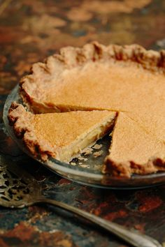 This Maple-Browned Butter Pie recipe, the brainchild of Tandem Coffee + Bakery's Briana Holt, is one of the best desserts you'll ever eat. Brown Sugar Pie, Brown Butter, Butter Pie, Salted Butter, Butter Tarts, Fun Desserts, Dessert Recipes, Oatmeal Biscuits, Christopher Kimball