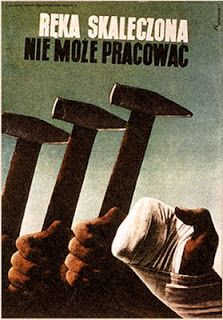 Tadeusz Trepkowski, 1937 A wounded hand cannot work Art Deco Posters, Cool Posters, Vintage Posters, Late Modernism, Cold War Propaganda, Laurent Durieux, Talk To The Hand, Polish Posters, Garage Art