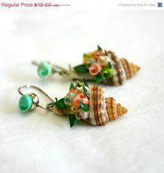 Vintage hand painted seashell earrings