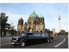 Berlin Stadtrundfahrt in Trabant Stretchlimousine XXL. http://www.eventlokale.com/de/Berlin-Stadtrundfahrt-in-Trabant-Stretchlimousine-XXL_Berlin_Berlin-providerDetails-7347.html