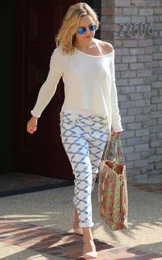 Hoje vou falar sobre o Estilo da atriz Kate Hudson! Além de linda e com um corpo de dar inveja, ela tem um estilo super fácil de copiar e se inspirar! No dia a dia seu estilo é super casual e despojado e para ocasiões especiais, seu estilo é elegante com toque moderno! GUARDA-ROUPA Para …