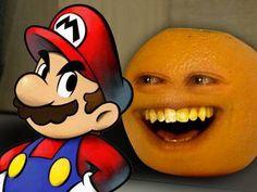Super Mario vede Annoying Orange che parla con Mario il video e inglese