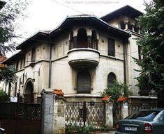 Poveşti cu plimbări: Roma, Nr. 35 Modernism, Mansions, House Styles, Home Decor, Mansion Houses, Homemade Home Decor, Modern Architecture, Manor Houses, Fancy Houses
