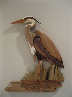 DuWayne does some amazing carving. It is well worth the effort to check out his etsy shop! Intarsia Wood Patterns, Intarsia Woodworking, Wooden Bird, Glass Birds, Picture On Wood, Fish Art, Scroll Saw, Wood Toys, Wood Sculpture