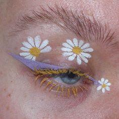 Indie Makeup, Edgy Makeup, Makeup Eye Looks, Eye Makeup Art, Cute Makeup, Pretty Makeup, Makeup Inspo, Crazy Makeup, Makeup Eyes