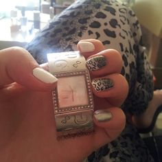 Skittlette Nail Art - Guest Post by Daphne