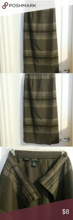 Ralph Lauren Long Plaid Skirt Ralph Lauren plaid skirt with button closures size 4. Pair well with tights and boots. Skirts
