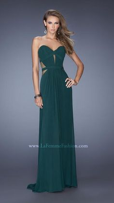Shop La Femme evening gowns and prom dresses at Simply Dresses. Designer prom gowns, celebrity dresses, graduation and homecoming party dresses. Short Semi Formal Dresses, Formal Gowns, Strapless Dress Formal, Prom Dress Stores, Prom Dresses Online, Dresser, Sexy Cocktail Dress, Mermaid Prom Dresses, Homecoming Dresses