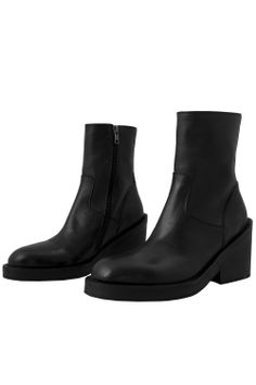 Low boots high heel | Shoes - Ann Demeulemeester | Fashion Ideas For Women - Apres Paris