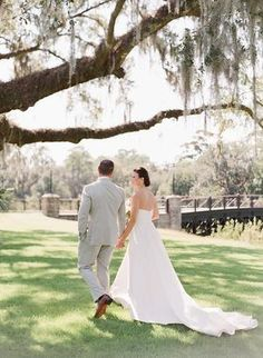 This Montage Palmetto Bluff Wedding Exudes Southern Elegance & Charm Garden Wedding Inspiration, Wedding Ideas, Palmetto Bluff, Spring Wedding Invitations, Spring Wedding Colors, Outdoor Flowers, Dusty Blue Weddings, Rustic Centerpieces, Wedding Flowers