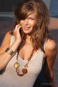 bracelet necklace model