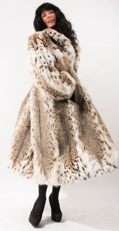 Spotted Fur Coat Incredible Plush Real Fur Full by NEWENGLANDHOME