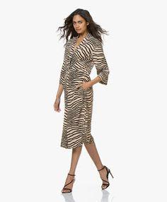 youkuang Malene Birger, Training Shoes, How To Run Longer, Wrap Dress, Dresses, Fashion, Vestidos, Moda, Fashion Styles