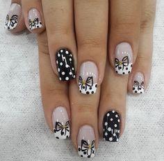 Gel Nails, Nail Polish, Daisy Nails, Fabulous Nails, Nail Tips, Fingers, Nail Art Designs, Nailart, Dots