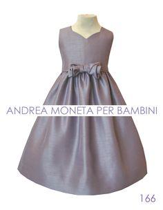 Handmade formal dress for children Vestido artesanal para niñas