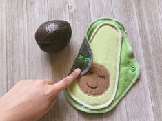 Super cute avocado cloth pads for a waste-free period!