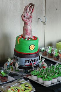Cole's Zombie Party: The cake