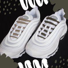 Crush sur les Nike AirMax 97 customisées avec nos lacets Kaki et Taupe Tag  une pote 1c0615207d6
