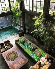 Diese tropische Lagervilla in Canguu, Bali. – – Gartengestaltung – Diese tropische Lagervilla in Canguu, Bali. – This tropical camp villa in Canguu, Bali. – – Garden Design – This tropical camp villa in Canguu, Bali. Design Exterior, Interior And Exterior, Interior Ideas, Interior Garden, Interior Plants, Exterior Colors, Exterior Paint, Interior Design Inspiration, Canguu Bali
