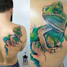 Adapte-se! #camaleon #camaleontattoo #rodrigotas #tas #dotworktattoo #pontilhismo #sacredgeometry #geometry #geometrytattoo #watercolortattoo #aquarela  #tattoo2me #tattoaria #tattoodesign #tattoodo #inspirationtattoo #tattrx #tattoocollectors #equilattera #inkedmag #1session