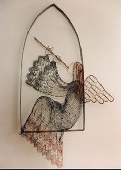 I've always wanted one of Lenka's pieces -- this is wire!!