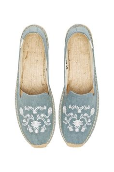 MEXICAN EMBROIDERED ESPADRILLE #REVOLVEclothing #ESPADRILLES #SPRING