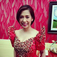 .@marifemordido   Cong. Sol Aragones   Webstagram - the best Instagram viewer Filipiniana Dress, Barong, Filipina, Traditional Dresses, Dress Outfits, Gowns, Costumes, Formal Dresses, Modern