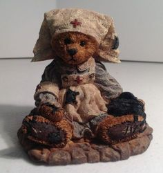 Boyds Bears & Friends Figurine - Clara the Nurse - 1993 - Vintage #2231