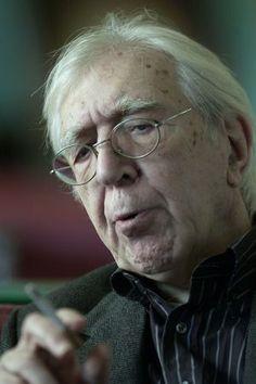 Francisco Porrúa. Fallece Paco Porrúa, el editor de 'Cien años de soledad' y 'Rayuela', falleció el 18 de diciembre de 2014.