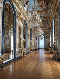 Schloss Herrenchiemsee (Herreninsel, Germany): Top Tips Before You Go… – 2019 - Architecture Decor Architecture Baroque, Classical Architecture, Beautiful Architecture, Beautiful Buildings, Interior Architecture, Beautiful Places, Historical Architecture, Aesthetic Pictures, Beautiful Interiors