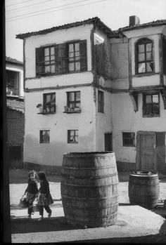 Henri Cartier-Bresson Turkey. Bursa province. Zeytinbagi 1964
