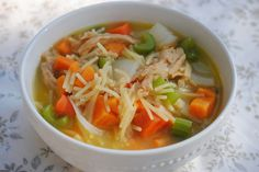 The chicken soup diet is a seven-day diet plan for weight loss. The main premise of the diet is that, other than breakfast, all meals consist of chicken soup. The diet provides a recipe for chicken soup and gives five different breakfast options. Chicken Soup Diet, Vegan Chicken Noodle Soup, Soup Recipes, Vegan Recipes, Cooking Recipes, Cooking Ideas, Casserole Recipes, Vegan Food, Delicious Recipes