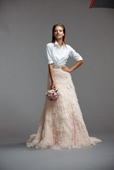 This Amazingly Unexpected Combo 36 Ultra-Glamorous Two-Piece Wedding Dresses Two Piece Wedding Dress, V Neck Wedding Dress, Wedding Gowns, Wedding Ceremony, Olivia Palermo, Glamour, Dress Up Storage, Casual Wedding Attire, Chiffon