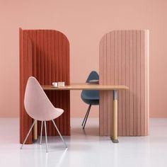 Note+Design+creates+office+divider+for+people+working+on+the+go