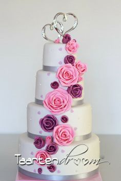 bruidstaart roze en paarse rozen!!!